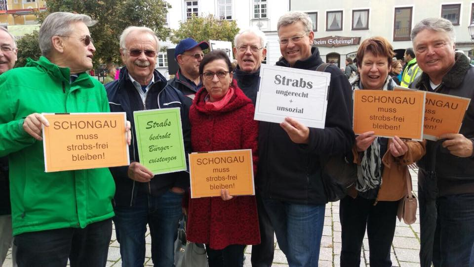 große Resonanz bei der Demo gegen die StrABS.