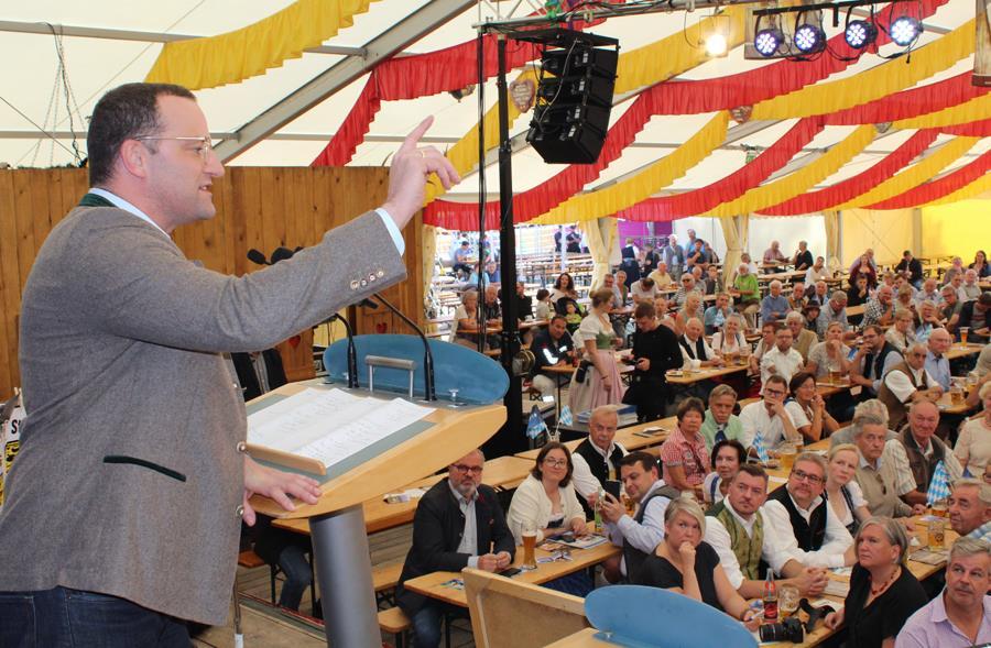 CSU-Frühschoppen im Festzelt mit BM Jens Spahn