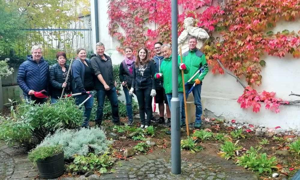 CSU Schongau – beim Freiwilligentag Museumshof hergericht