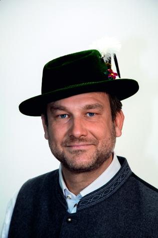 11. Manfred Stöhr